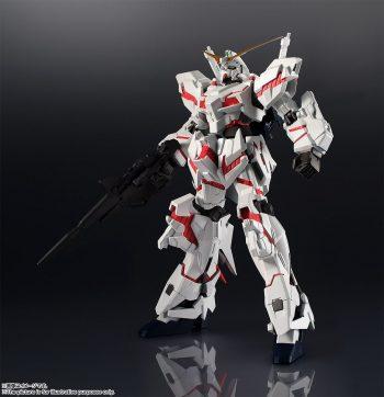 Gundam Universe RX-0 Unicorn Gundam Pose 1