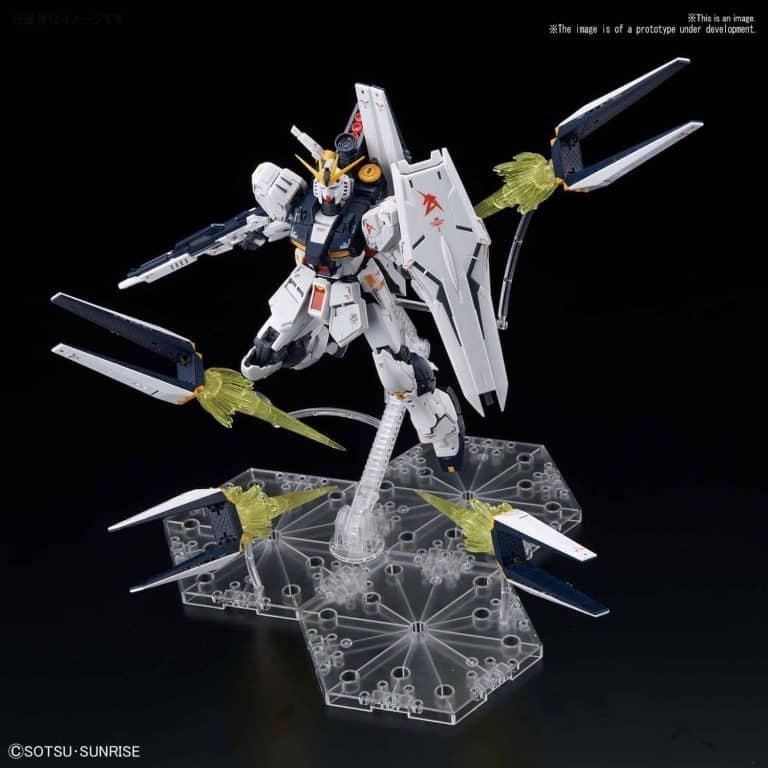 Real Grade Νu Gundam Fin Funnel Effect Set Pose 1