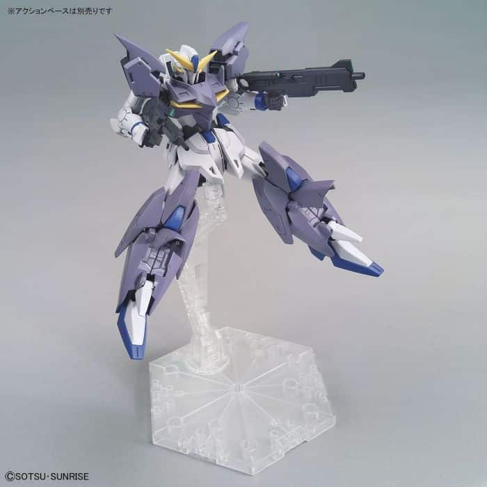 High Grade Gundam Tertium Pose 3