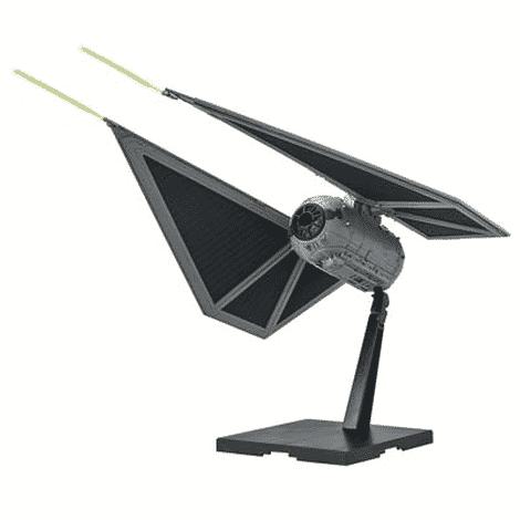 Star Wars 1/72 Tie Striker Pose 1