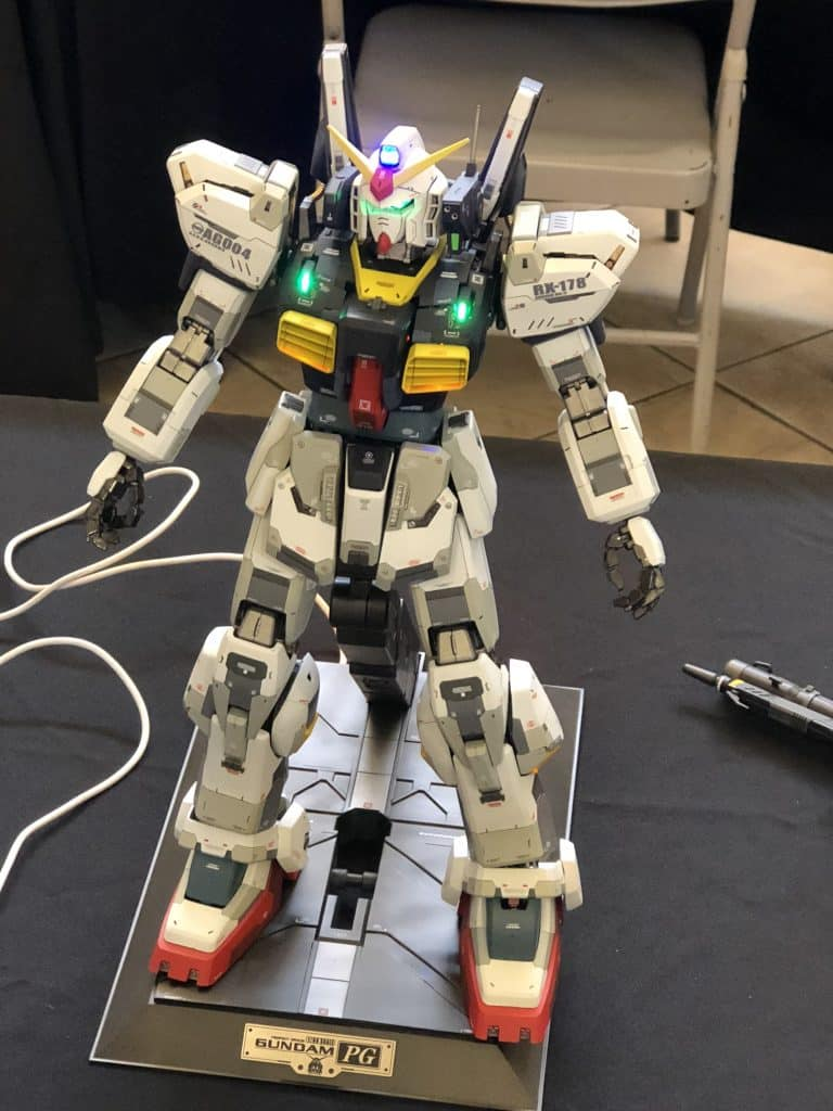 Custom Paint Gundam