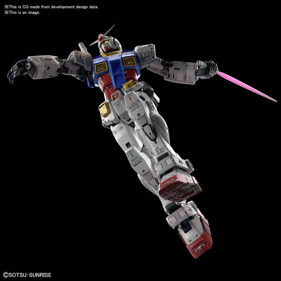 Perfect Grade UNLEASHED RX-78-2 Gundam Pose 7
