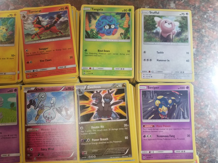 Pokemon 1000 Card Lot 4