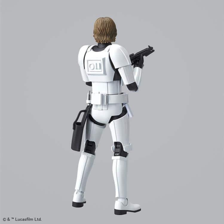 1/12 Luke Skywalker Stormtrooper Model Kit Pose 4