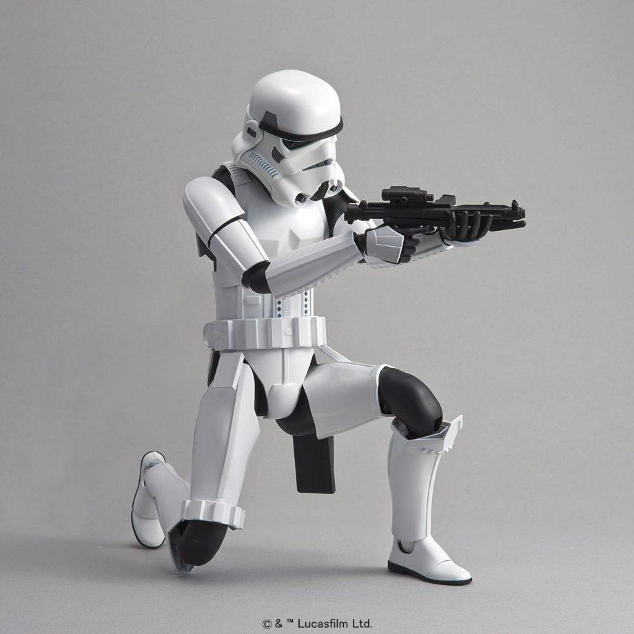 1/6 Stormtrooper Model Kit Pose 3