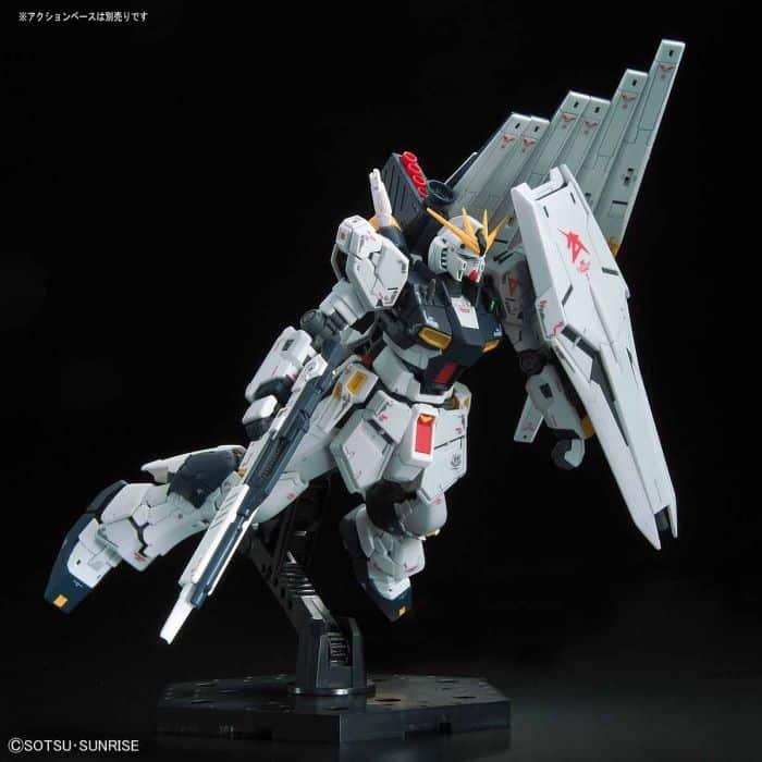 Real Grade Nu Gundam Pose 8