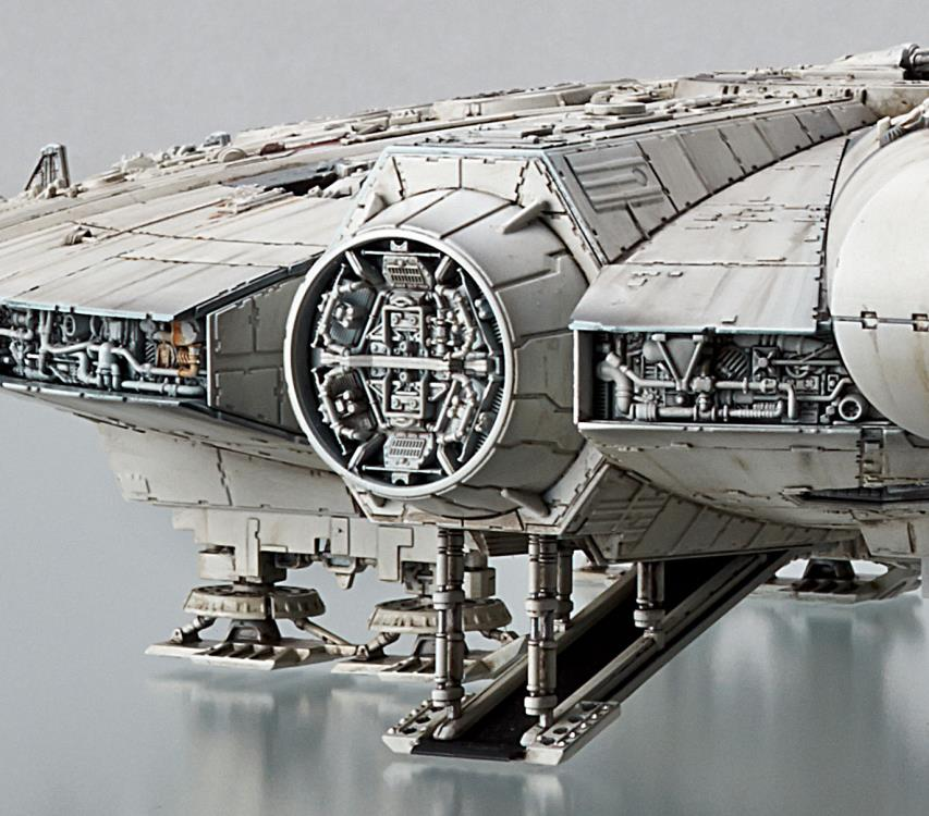 1/144 Millennium Falcon The Rise Of Skywalker Model Kit Pose 9