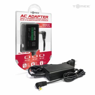 PSP AC Adapter Pose 1