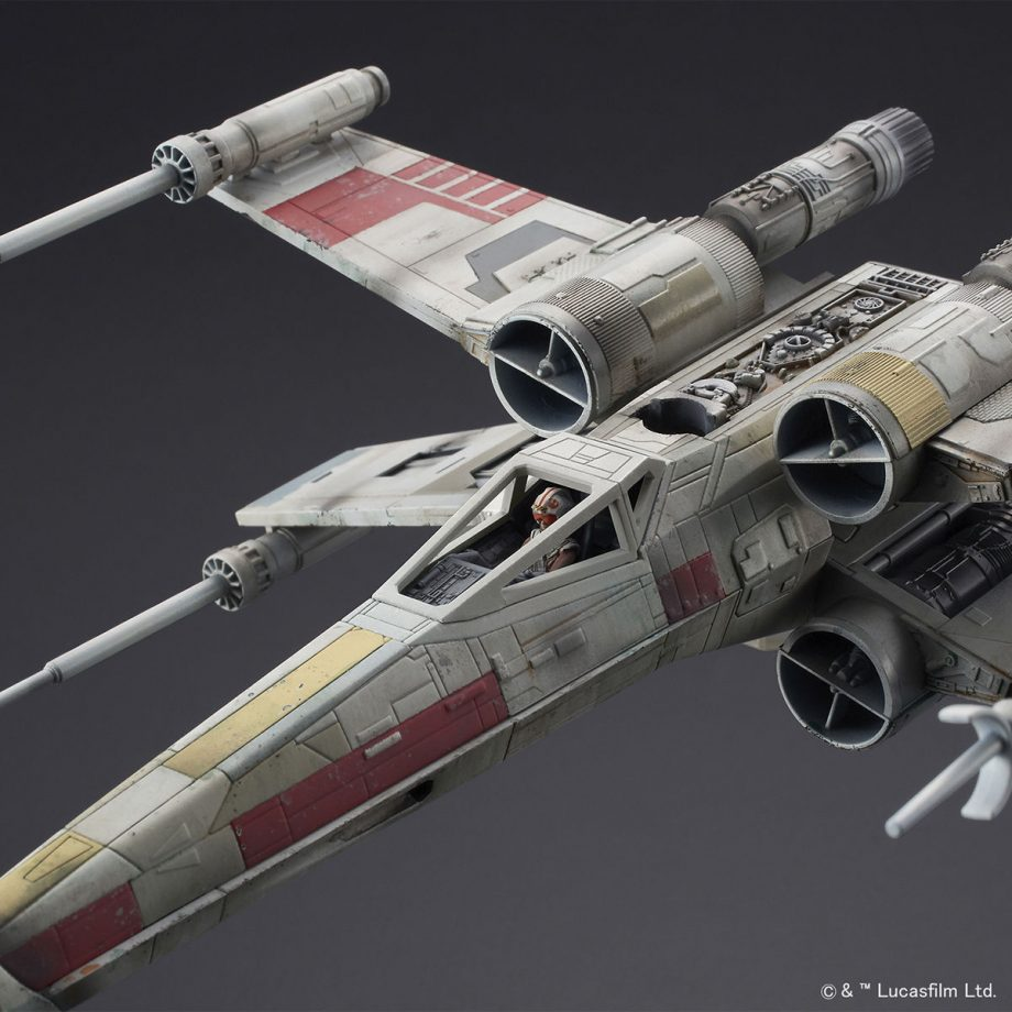 1/72 X-Wing Starfighter Red5 The Rise Of Skywalker Pose 6