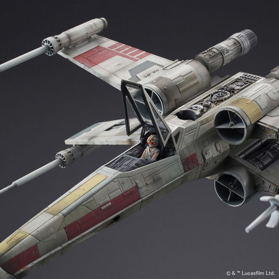 1/72 X-Wing Starfighter Red5 The Rise Of Skywalker Pose 7