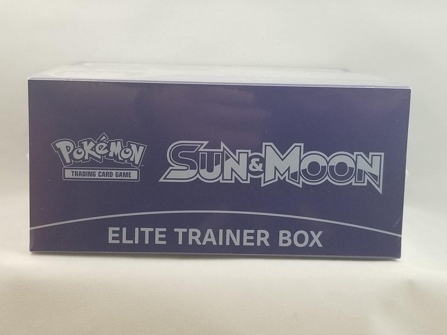 Sun & Moon Elite Trainer Box Moon 5