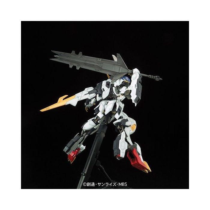 Full Mechanics 1/100 Gundam Barbatos Lupus Rex Pose 5