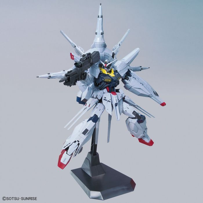 Master Grade Providence Gundam Pose 2