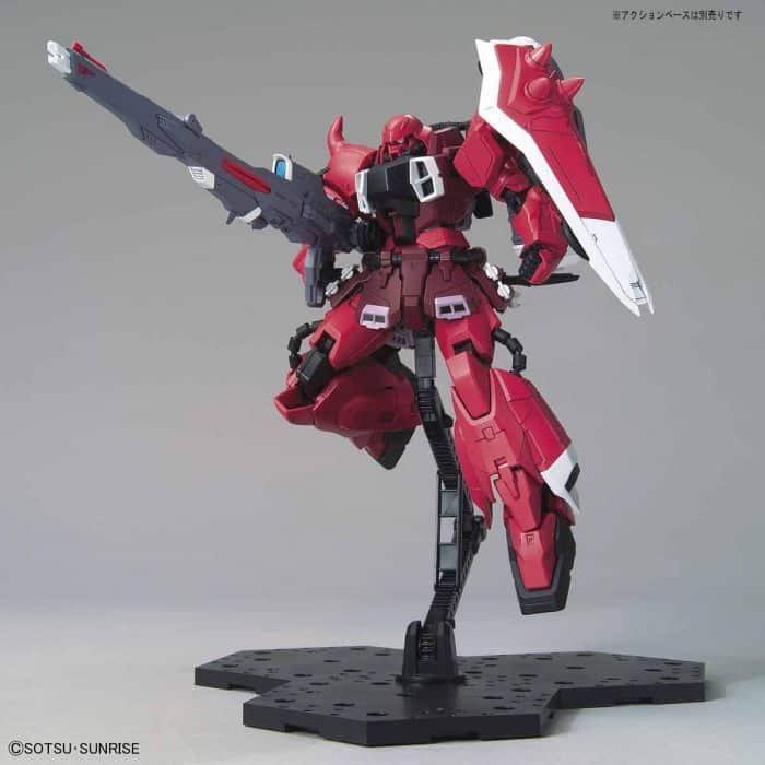 Master Grade Gunner Zaku Warrior Lunamaria Hawke Custom Pose 9