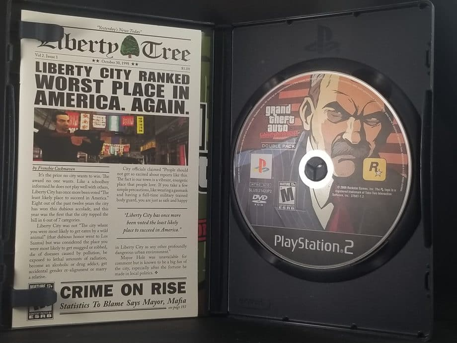 Grand Theft Auto Stories Double Pack Liberty City Stories & Vice City Stories Pose 4