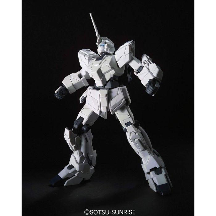 High Grade RX-0 Unicorn Gundam Unicorn Mode Pose 3