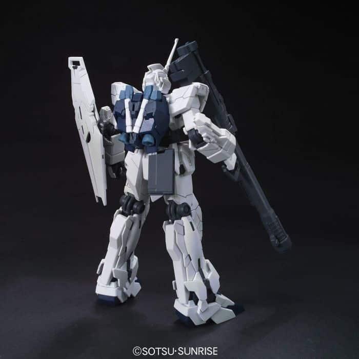 High Grade RX-0 Unicorn Gundam Unicorn Mode Pose 4