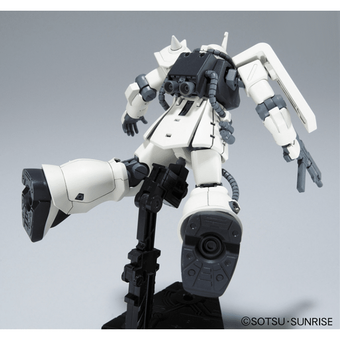 High Grade MS-06F-2 Zaku F2 Earth Federation Type Pose 5